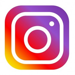 Komentarze pod postem polskie Instagram